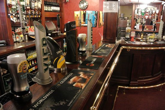 The Muni Theatre - Bar