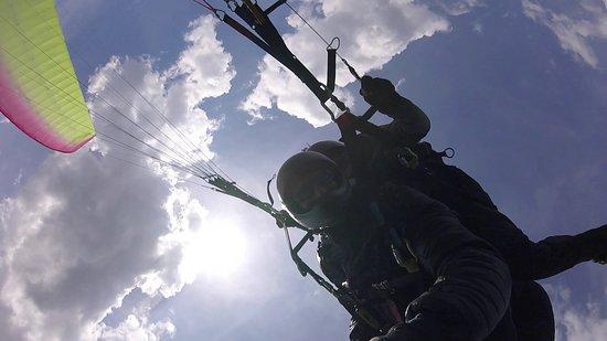 Cecima, Italia: Volo acrobatico