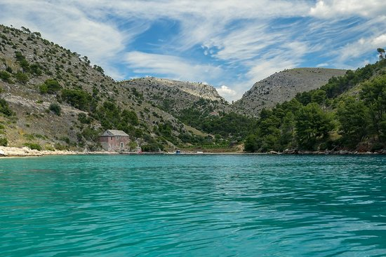 Nerezisca, Croacia: other side of the small bay
