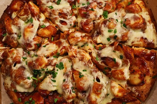 Ironia, Нью-Джерси: Try a BBQ Chicken Pizza today.