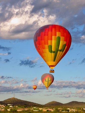 Phoenix Hot Air Balloon Morning Ride: Such a beautiful morning!