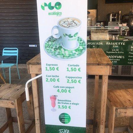 Petit Café Frozen Yogurt Photo
