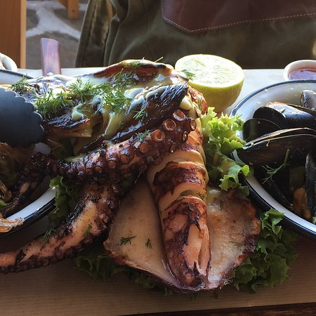 Really good seafood in Mykonos