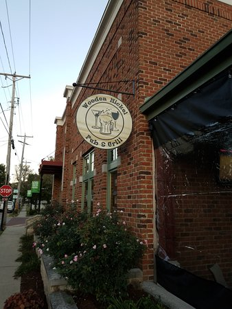 The Wooden Nickel Pub & Grill