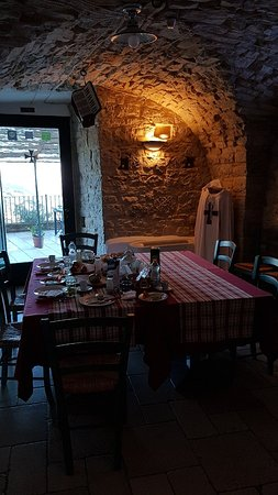 Alberona Photo