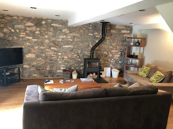 Nefyn, UK: Spacious lounge