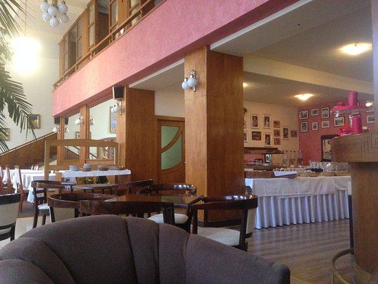 Hotel Grand Matej: snídaně