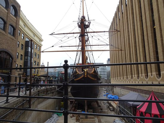 Golden Hinde: Dry-docked but open for tours