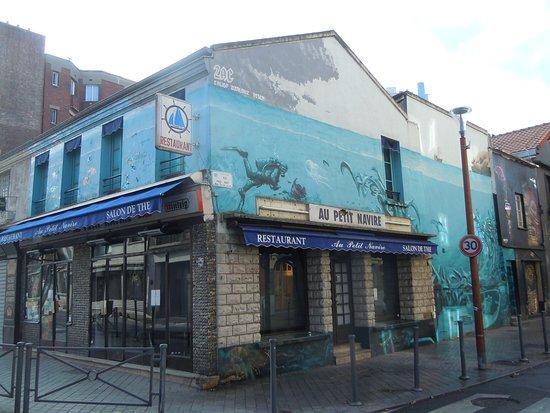 Saint-Ouen, France: La fresque