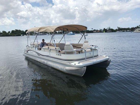 Unique & Cozy boat tour on Miami's bay