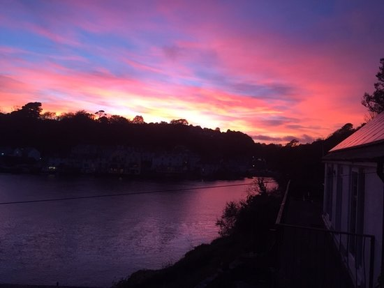 The Old Ferry Inn: Sunset view of the River Fowey October '18