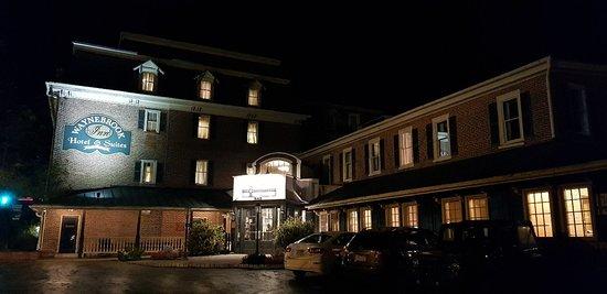 The Waynebrook Inn: 20181025_131430_large.jpg