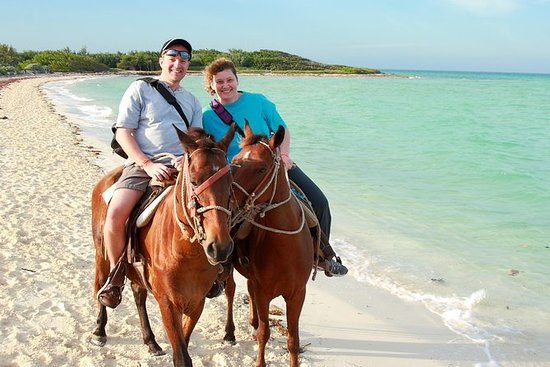 Horseback Riding in St Lucia to Cas...