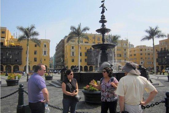 Lima må-se landemerker liten gruppe...