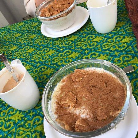 Ira's kitchen & Tea Room: photo0.jpg