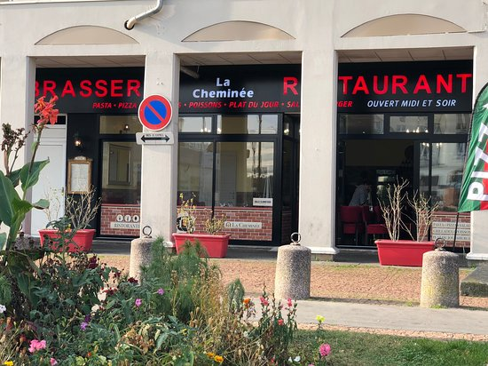 Restaurant La Cheminee A Poissy Picture Of Poissy Yvelines