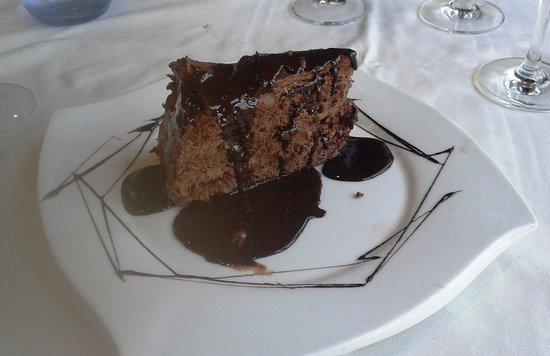 Aixirivall, Andorra: gâteau au chocolat maison