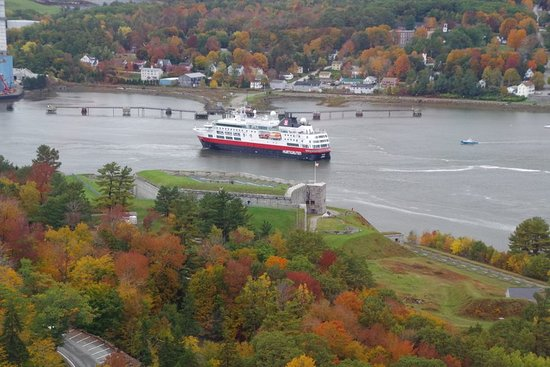 Penobscot, Мэн: View from the bridge our ship