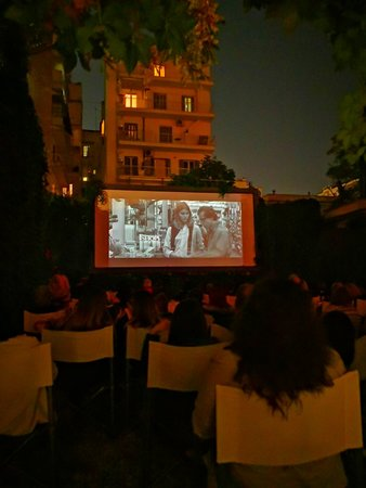 Apollon Open Air Cinema