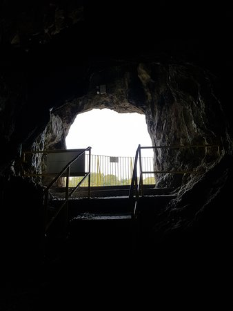 The look out from inside the cave