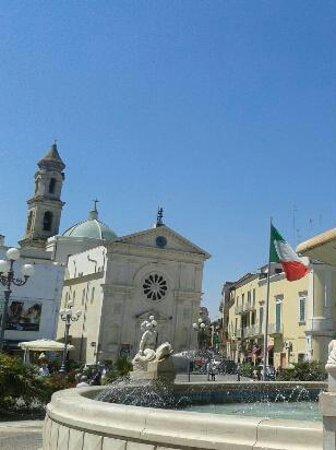 Mola di Bari, Italie: Piazza XX Settembre 1
