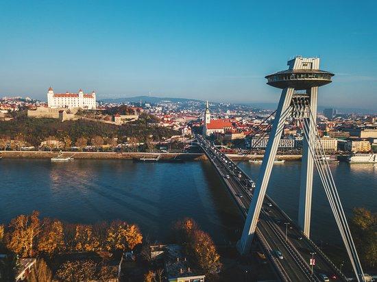 Bratislava, Eslováquia: UFO watch.taste.groove
