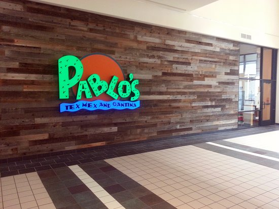 entrance to Pablo's Tex-Mex from the SpringHill Mall concourse