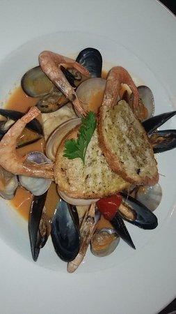 Al Mare Restaurant & Bar Photo