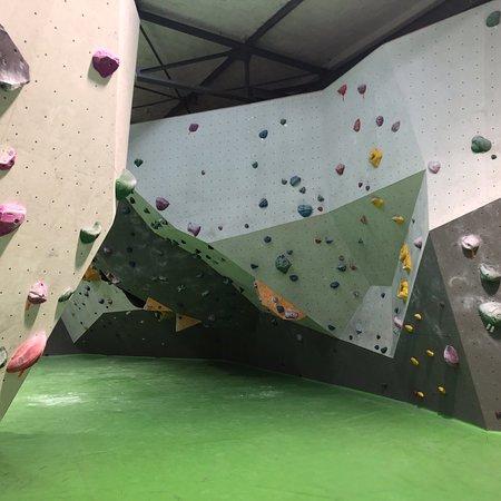 Cliffhanger Boulderlounge