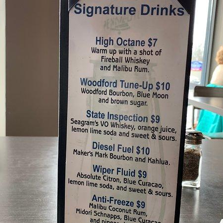 Station 101 Pub & Kitchen: lunch menu & specialty drinks Oct 2018