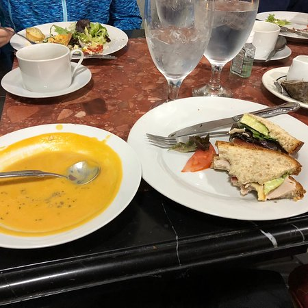 Odessa, MO: This large Tea Room is located inside the Silver Fox antique store. Our lunch was delicious. The