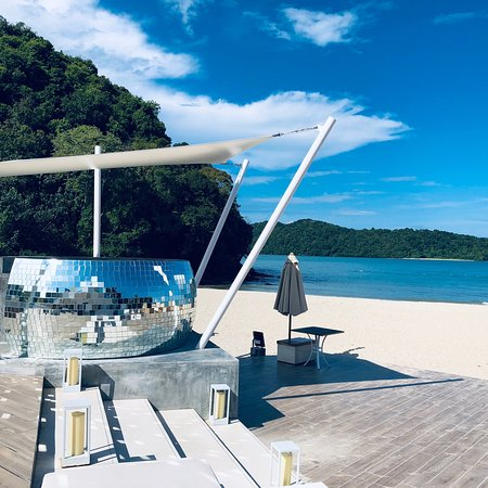 Pool - Dash Resort Photo