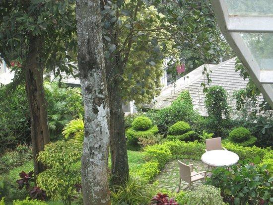 Swiss County: Garden