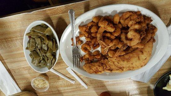 Nance's Creekfront Restaurant ภาพถ่าย