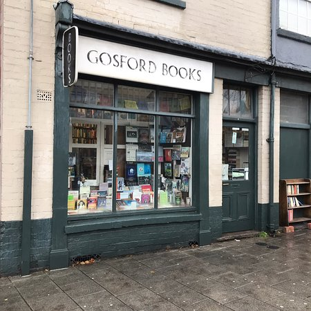 Coventry, UK: Gosford Books