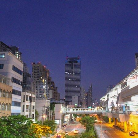 Bangkok Loft Inn: photo1.jpg