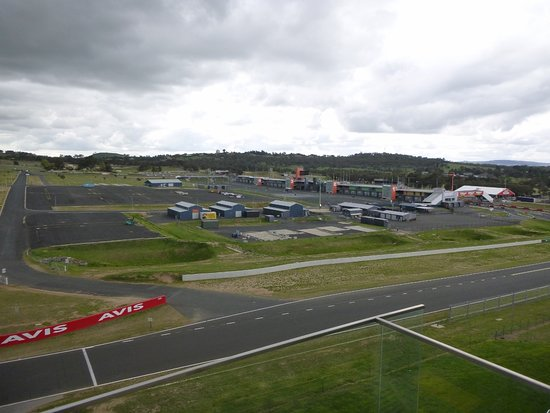 view from patio picture of rydges mount panorama bathurst rh tripadvisor com