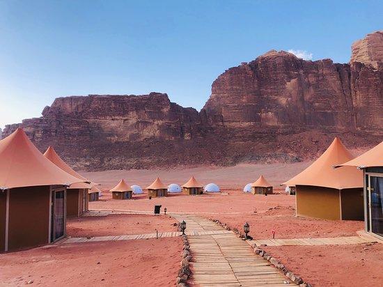 Memories Aicha Luxury Camp: View of the campsite.