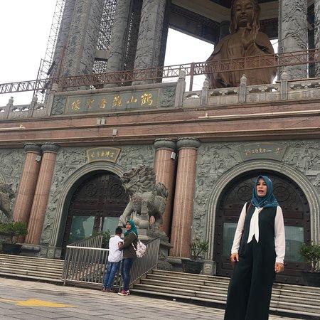 Kuil Budha Terbesar di Asia Tenggara
