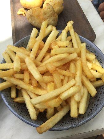 Mount Tomah, Australia: Side of fries at The Potager @ Mt Tomah Botanic gardens