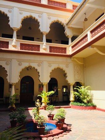 Shiv Vilas Palace, Sandur