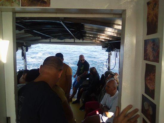 Stefano Sub Diving Center: l'interno della barca