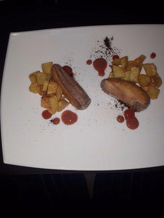 Darmas: Petto d'anatra con riduzione di prugne e caffè e patate al forno