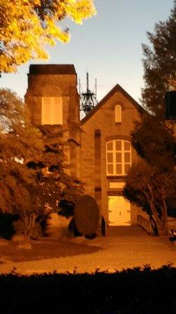 Annaka, Japan: 秋の安中教会です。あの新島襄が日本で初めて日本人による教会を明治初期に建てたのだそうです。建物内に入りたかったのですが、予約が必要だそうです。