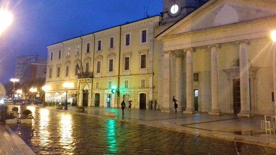 Кампобассо, Италия: Alla fine del centro