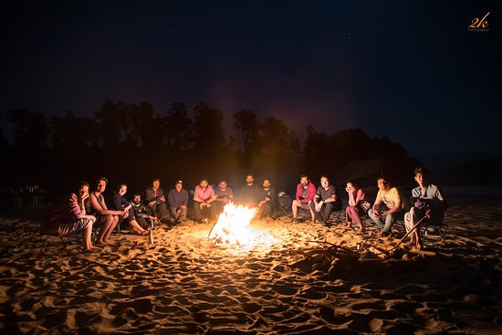 Team 4 Adventure: Everyday bonfires and amazing discussions around them