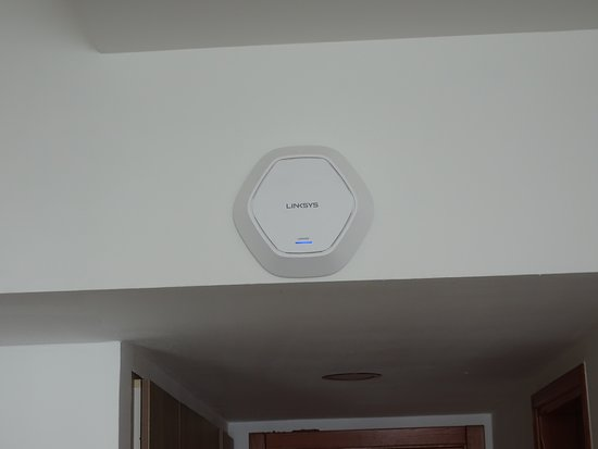 Sawary Resort & Hotel: router in each room for wifi
