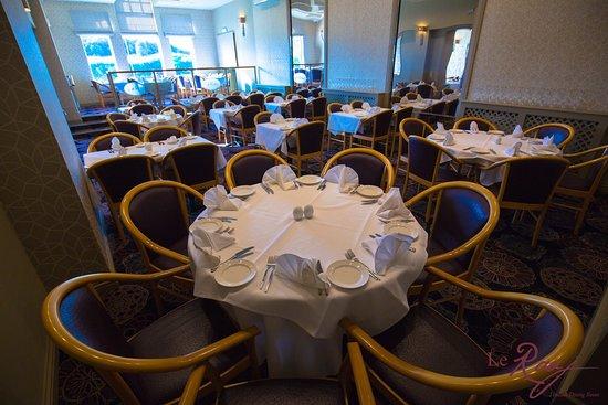 Le Raaj: Dining Room