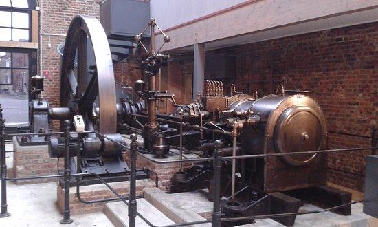 Fourmies, França: moteur à vapeur
