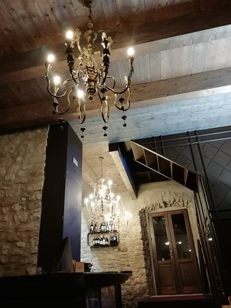 Oppido Lucano, Italy: IMG_20181027_213035_large.jpg
